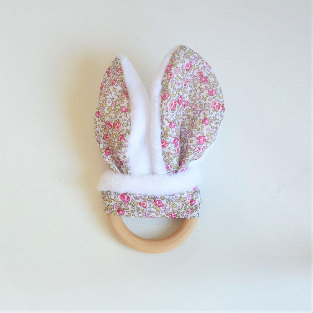Anneau de dentition Liberty Eloise rose et doudou blanc tout doux--9995390025836