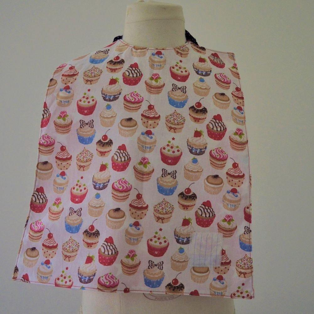 Serviette élastiquée imperméable cupcakes/étoiles--9995228609030