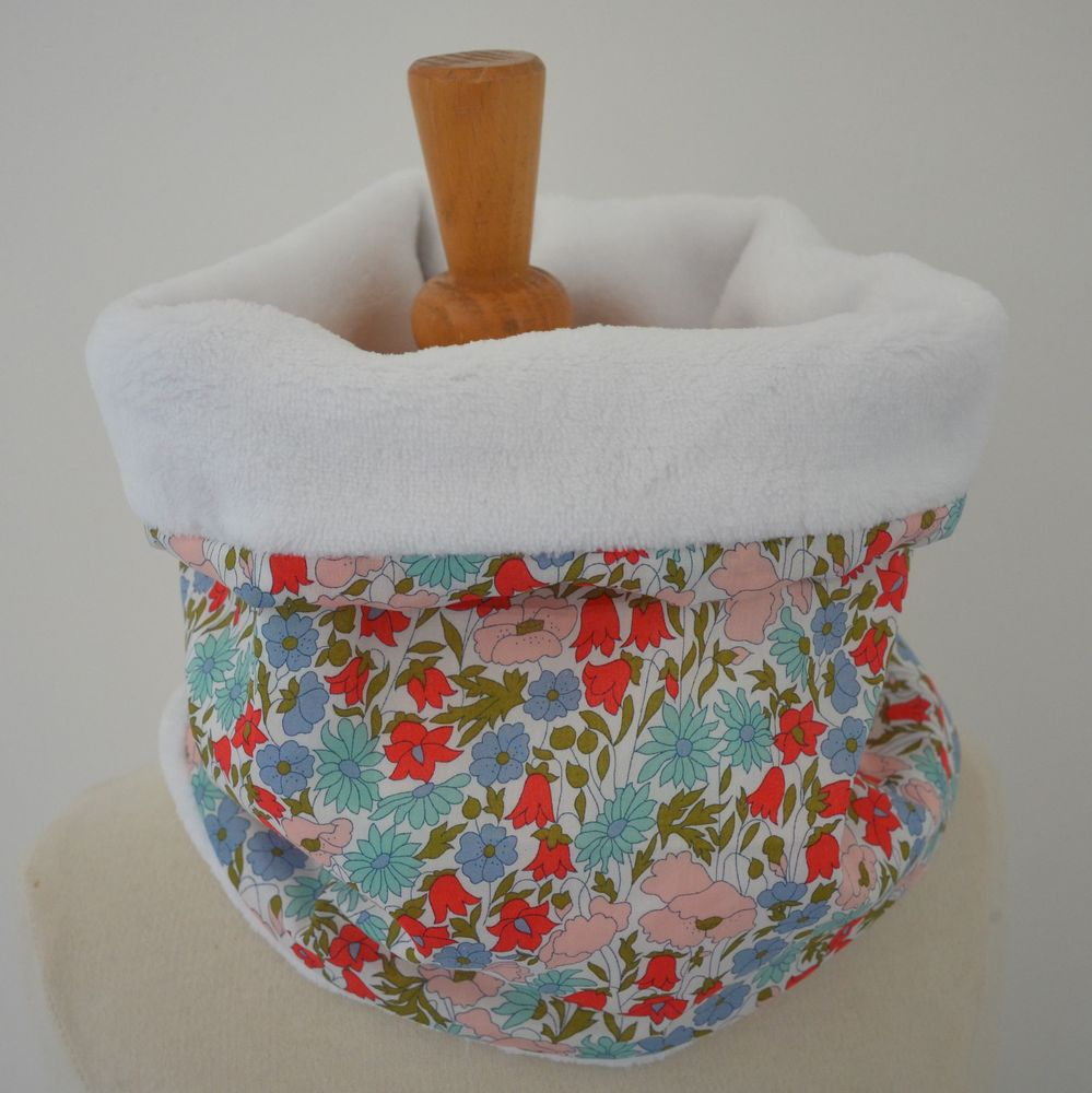 Snood tour de cou Liberty of London Poppy and daisy rose poudre et doudou blanc--9995378120546