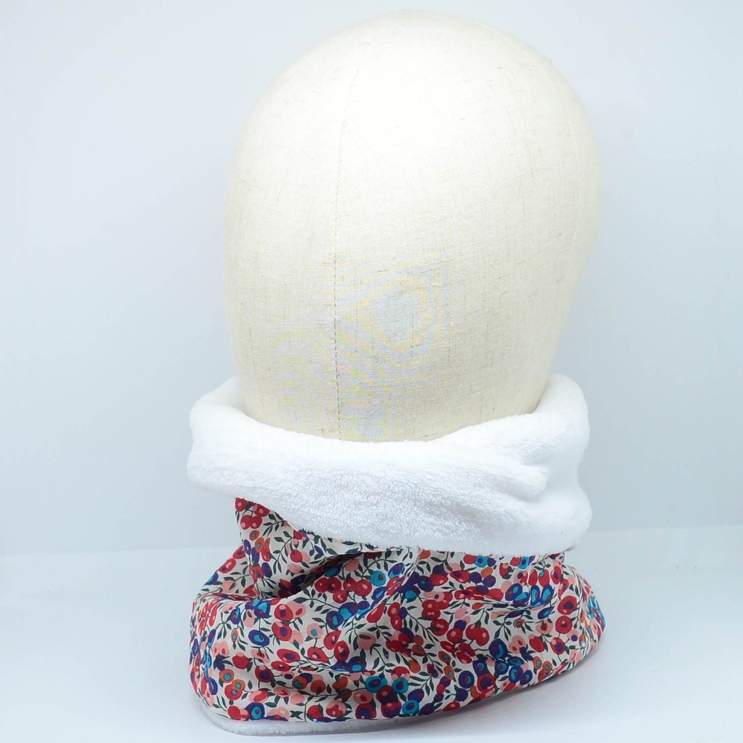 Snood tour de cou Liberty of London Wiltshire rouge et bleu doudou blanc--9995669219171