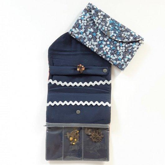 Trousse nomade rangement pour bijoux Liberty wiltshire bleu nuit