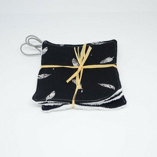 Lingettes lavables Tissu BIO et eponge bambou+ lien, lot de 3 motif plumes fond noir