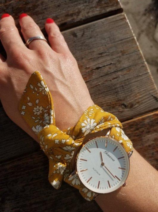 Montre à nouer bracelet Liberty capel moutarde