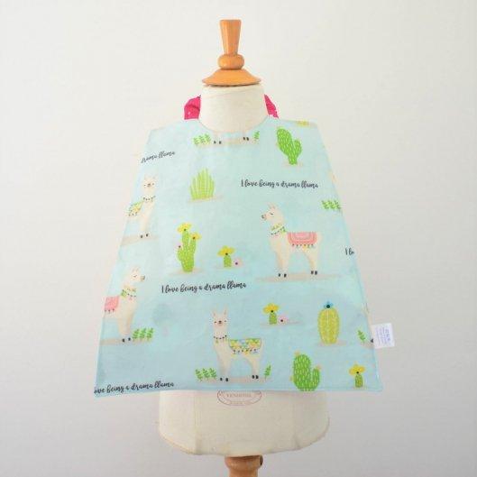 Serviette élastiquée imperméable lama/licornes