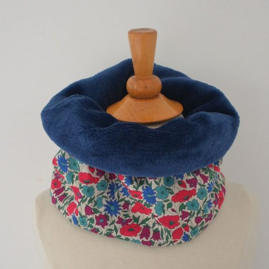 Snood tour de cou Liberty of London Poppy and daisy canard et doudou bleu marine