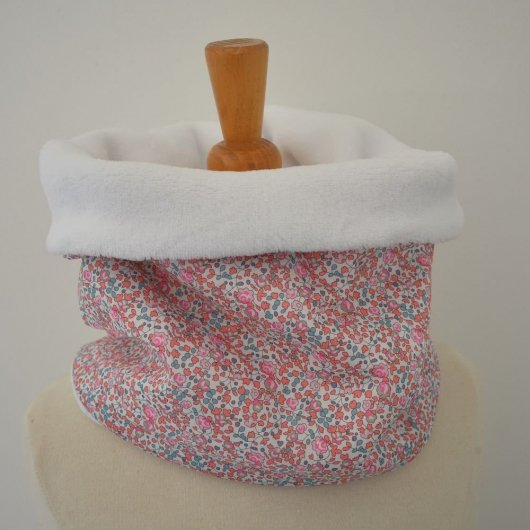 Snood tour de cou Liberty of London Eloise corail et doudou blanc
