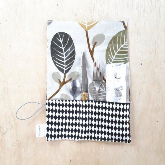 Trousse imperméable pour transporter les couverts feuilles